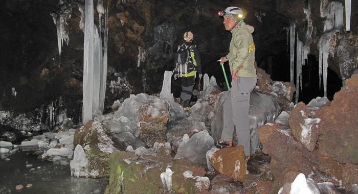 Grotta_del_gelo.jpg