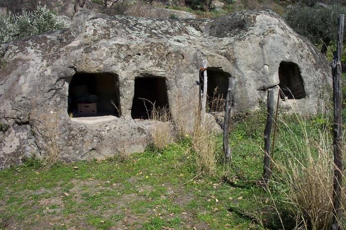 Tesori Alcantara sepolcrale multipla